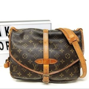 Louis Vuitton saumur 30 Monogram Crossbody Bag